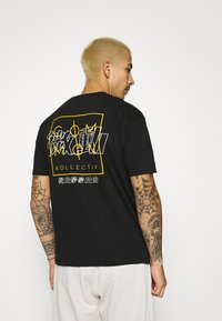 Common Kollectiv - JAPAN TEE UNISEX - Print T-shirt - black - 2