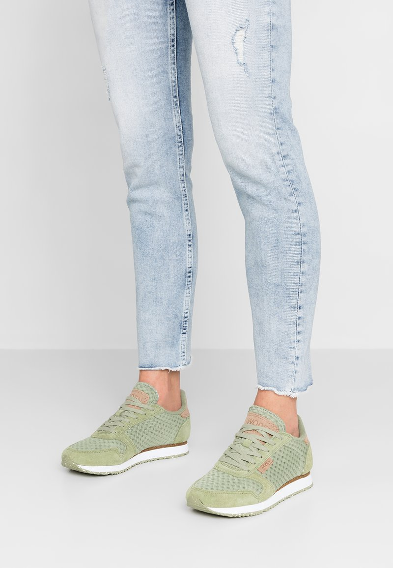 Woden - Ydun Suede Mesh - Trainers - dusty olive