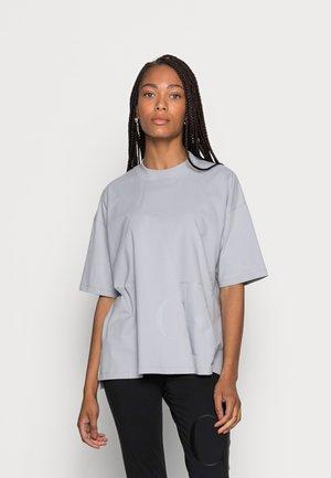 PEACHED BOYFRIEND TEE - Print T-shirt - marble grey
