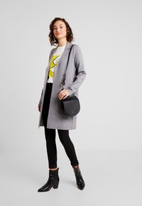Vero Moda - VMTASTY FULLNEEDLE COATIGAN - Kardigan - medium grey melange - 1