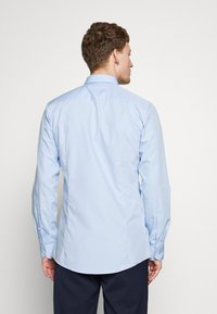 HUGO - ELISHA - Formal shirt - light/pastel blue - 2