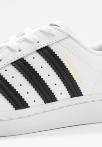 adidas Originals - SUPERSTAR - Tenisky - footwear white/core black - 2