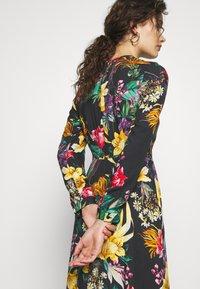 Progetto Quid - DRESS - Maxi dress - black - 4