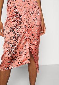 Never Fully Dressed - MULTI USE LEO JASPRE SKIRT - Pencil skirt - orange - 6