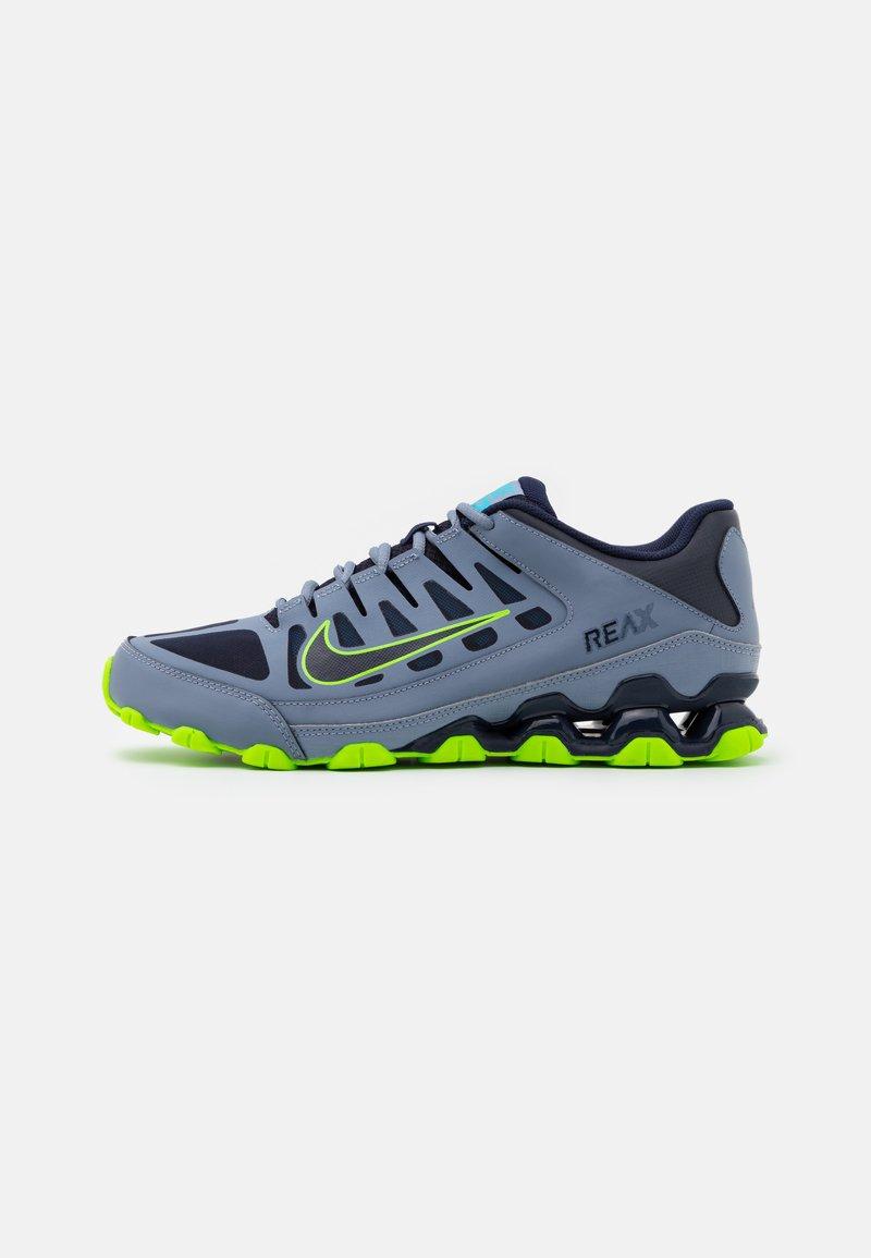 Nike Performance - REAX 8  - Gym- & träningskor - ashen slate/blackened blue/white/electric green/bright mango