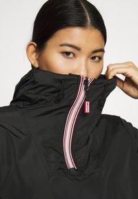 Hunter ORIGINAL - WOMENS ORIGINAL SHELL WINDBREAKER - Windbreaker - black - 3