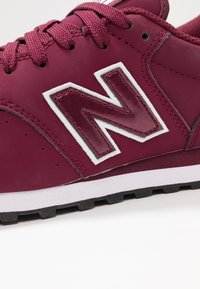 New Balance - GW500 - Sneaker low - red/white - 2