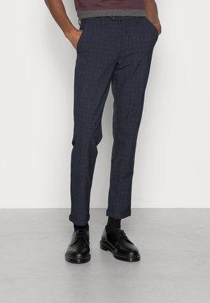 JJIMARCO JJCONNOR TRUE - Chino kalhoty - true navy