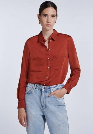 SPORTLICHE - Button-down blouse - maroon