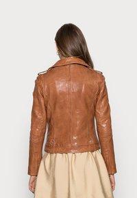 Gipsy - Leather jacket - cognac - 2