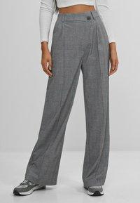 Bershka - Pantalon classique - grey - 0