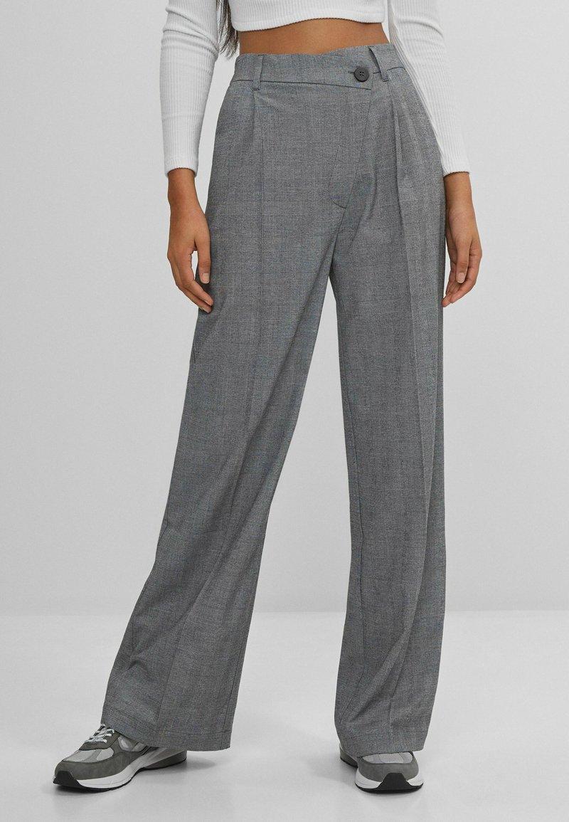 Bershka - Pantalon classique - grey