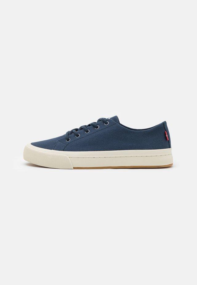 SUMMIT - Sneaker low - navy blue