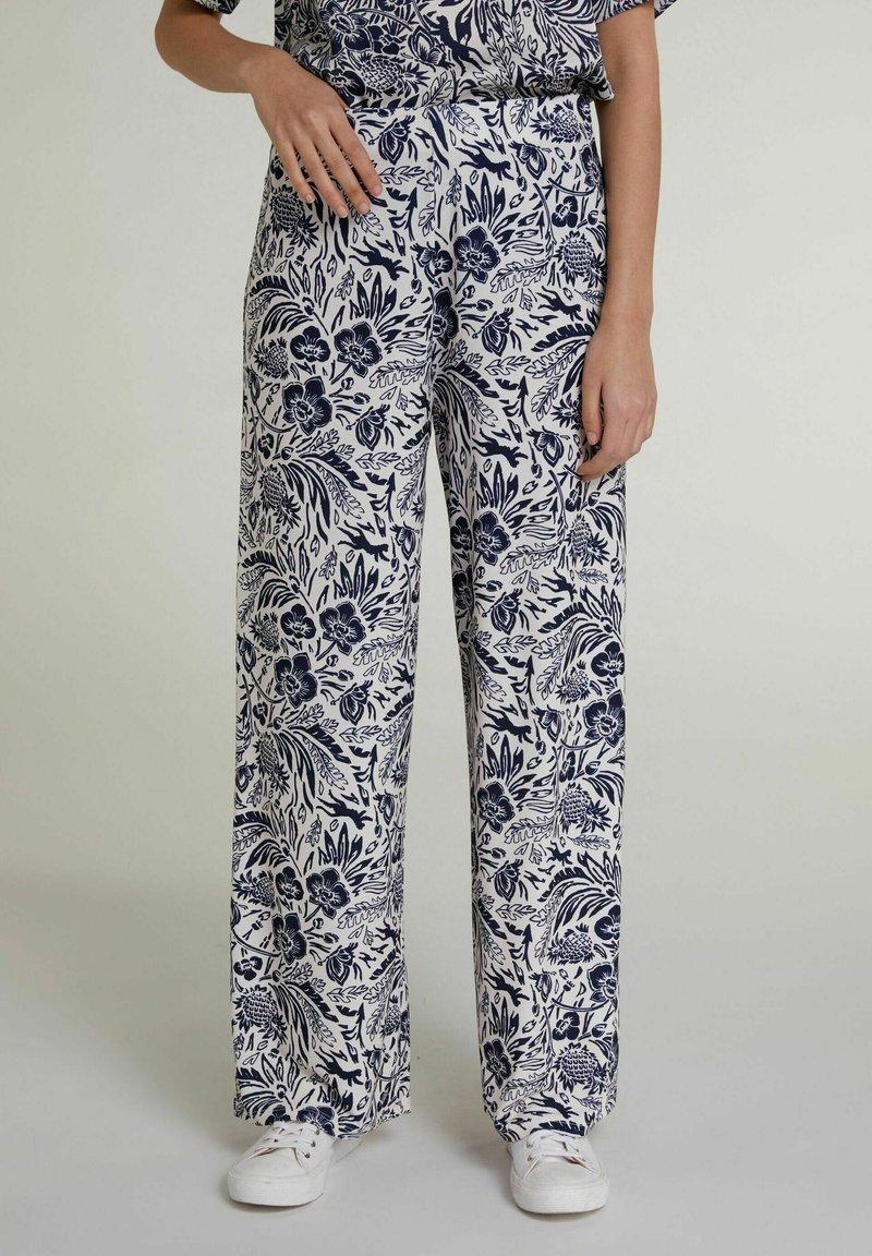 Oui - Trousers - white blue