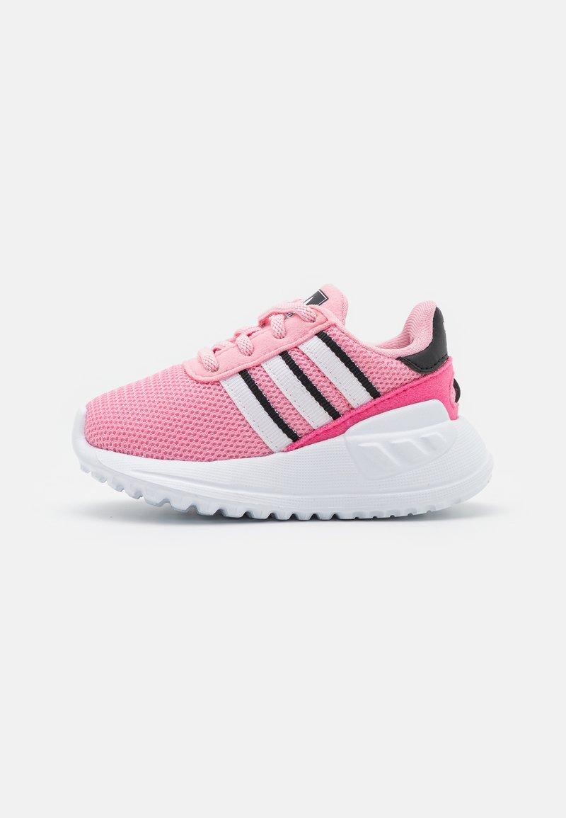 adidas Originals - LA TRAINER LITE UNISEX - Zapatillas - light pink/footwear white/core black