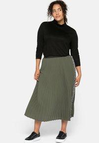 Sheego - A-line skirt - dunkelkhaki - 1