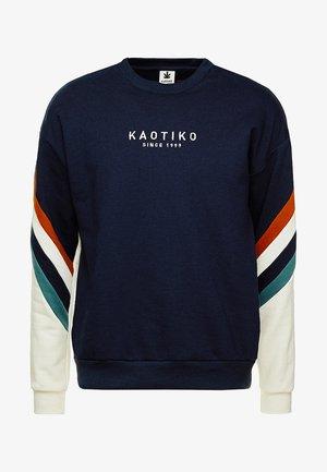 Sweatshirt - sud cap walker
