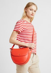 Marc O'Polo - Handbag - tomatoe red - 1