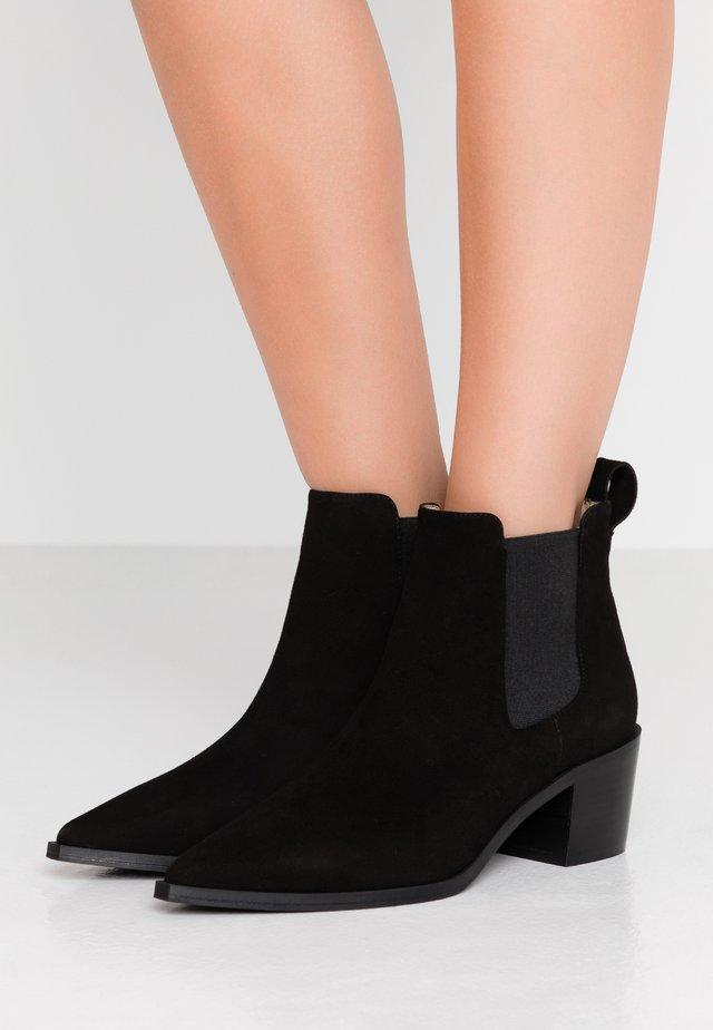 LOVA - Ankelstøvler - black