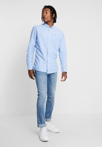 Tommy Jeans - OXFORD SHIRT - Chemise - blue - 1