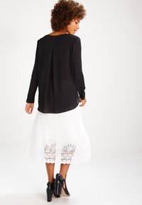 Vila - Long sleeved top - black