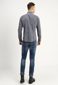 TOM TAILOR DENIM - STRUCTURE - Vapaa-ajan kauluspaita - black iris blue - 2