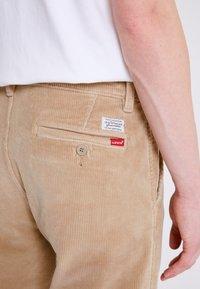 Levi's® - STD II - Kalhoty - sand/beige - 5
