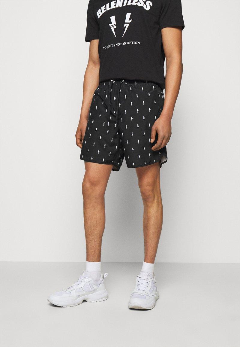 Neil Barrett - ALL OVER SMALL THUNDERBOLT - Shorts - black/white