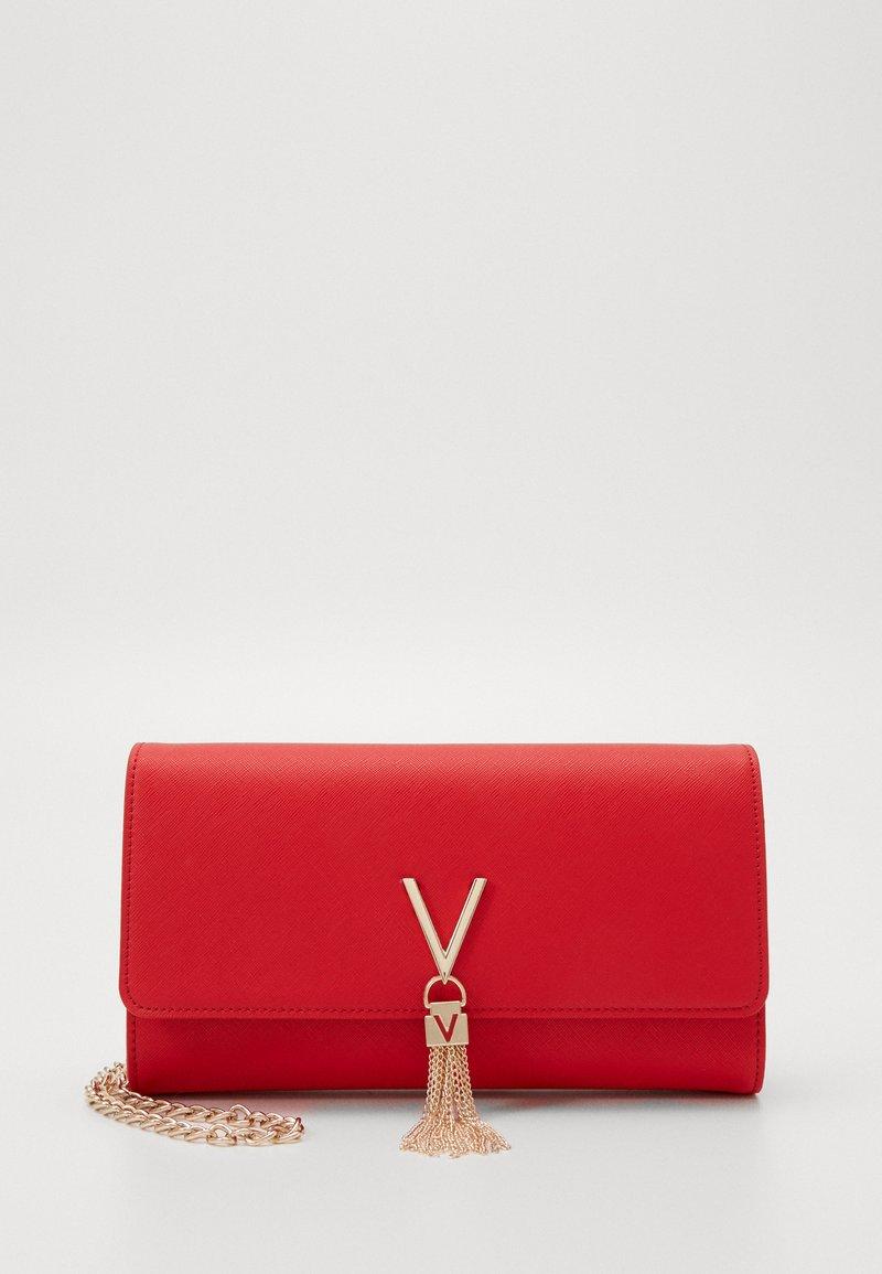 Valentino Bags - DIVINA - Kopertówka - rosso