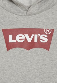 Levi's® - BATWING SCREENPRINT HOODIE - Huppari - grey heather - 4