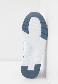 New Balance - CW997 - Zapatillas - pink - 6