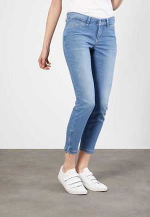 Slim fit jeans - light blue wash
