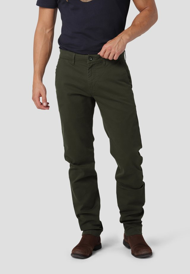 Chino - forest green