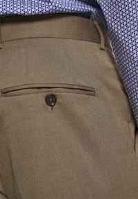 Selected Homme - SLHSKINNY MYLOLOGAN SUIT - Kostym - camel - 6