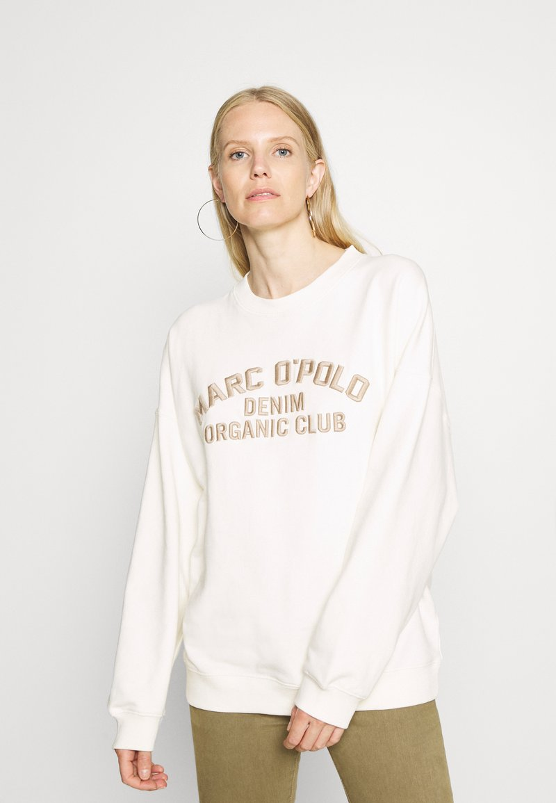 Marc O'Polo DENIM - LONGSLEEVE CREWNECK OVERSIZED FIT CHEST EMBROIDERY - Sweater - off-white