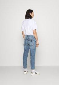 Calvin Klein Jeans - DAD - Relaxed fit -farkut - denim medium - 2