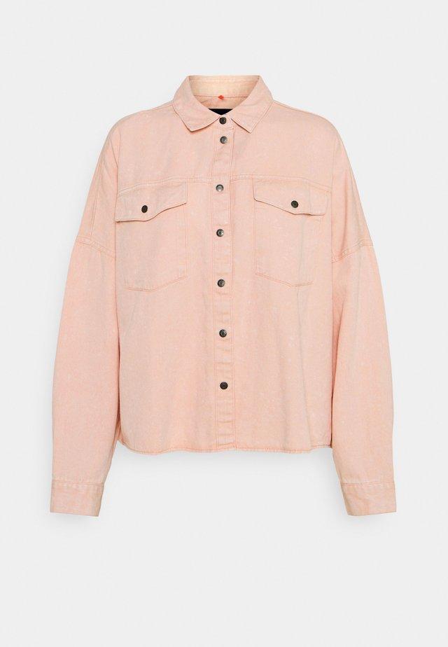 NMRICA OVERSIZE ACID - Button-down blouse - misty rose