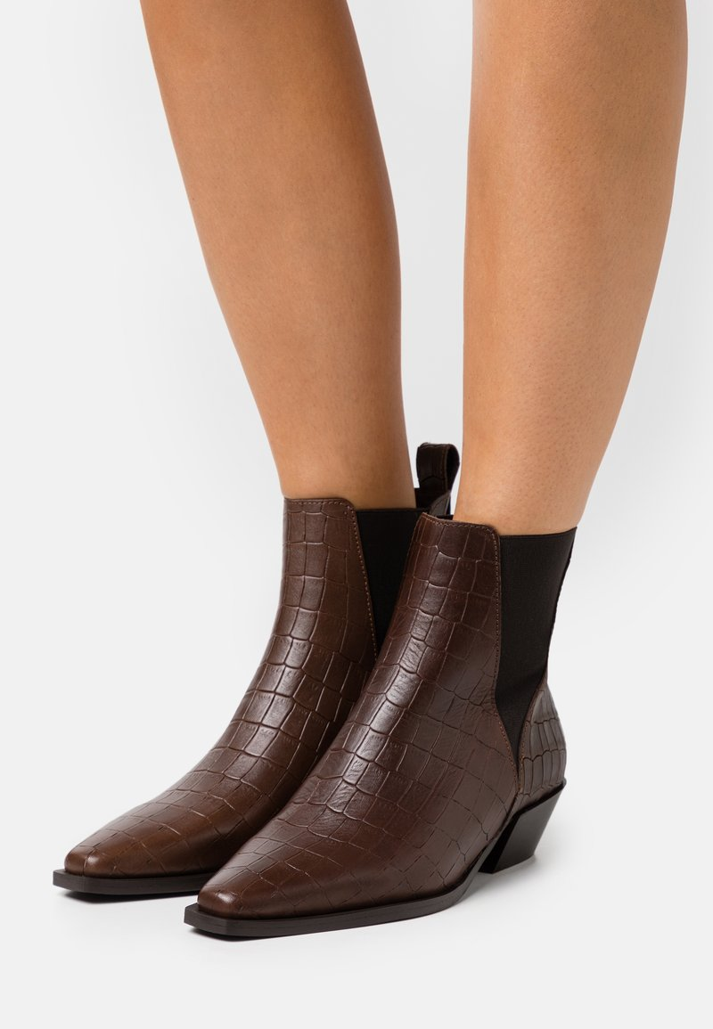 Zign - Classic ankle boots - dark brown