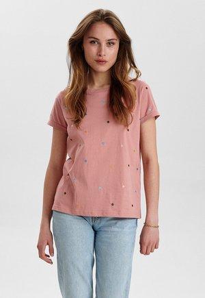 NUBRENNAN - Print T-shirt - ash rose