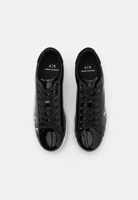 Armani Exchange - Sneakersy niskie - black/white - 3