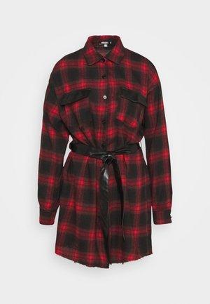 BELTED SHIRT DRESS - Shirt dress - burgundy