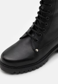DECHASE - BOKINA UNISEX - Lace-up ankle boots - black - 5