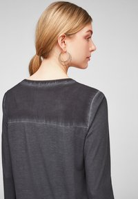 Q/S designed by - Button-down blouse - black - 4