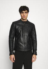 Serge Pariente - RANDALL WITH HOOD - Leather jacket - black - 3