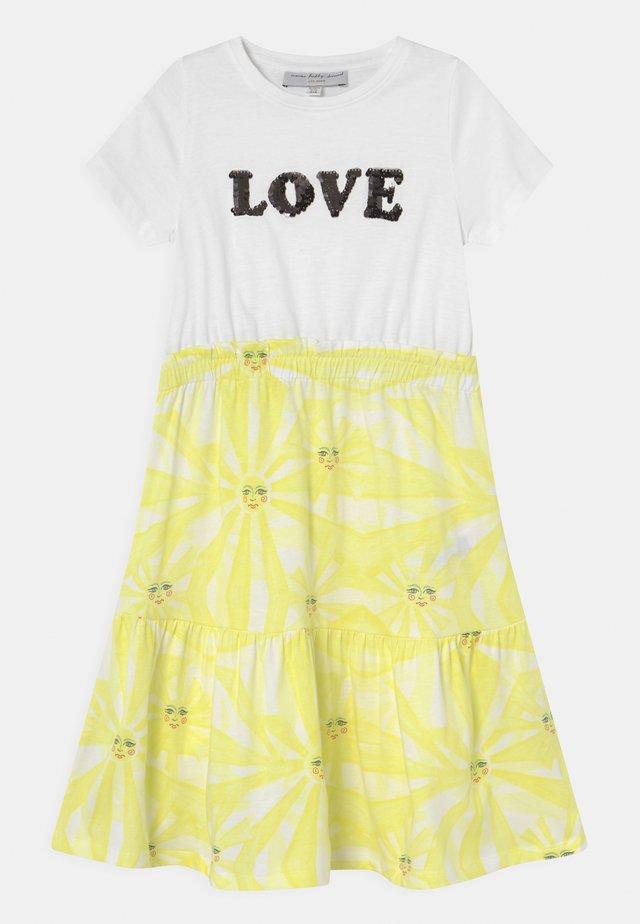 KIDS SUNSHINE TOWFER DRESS - Jersey dress - yellow