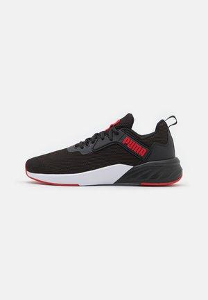 ERUPTER - Sportovní boty - black/urban red