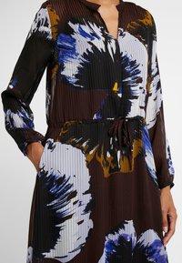 InWear - KALISTAIW LONG DRESS - Maxi dress - bitter chocolate - 4
