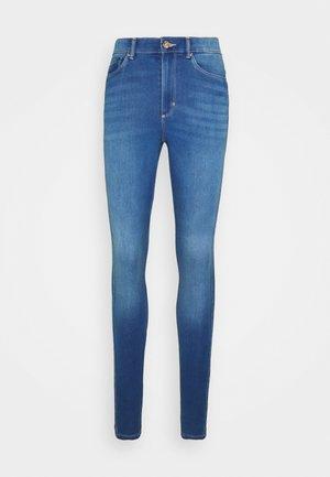 ONLROYAL LIFE - Jeans Skinny Fit - light medium blue denim