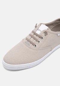 Esprit - NITA - Sneakers laag - light grey - 7
