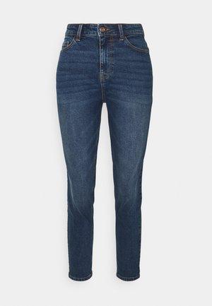 PCKESIA MOM - Jeans Tapered Fit - dark blue denim